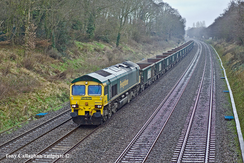 28th Feb 11:  Running from Crawley to Avonmouth with FLHH boxes is 66531.  6V87 is captured passing through a very cold and miserable Sonning Cutting