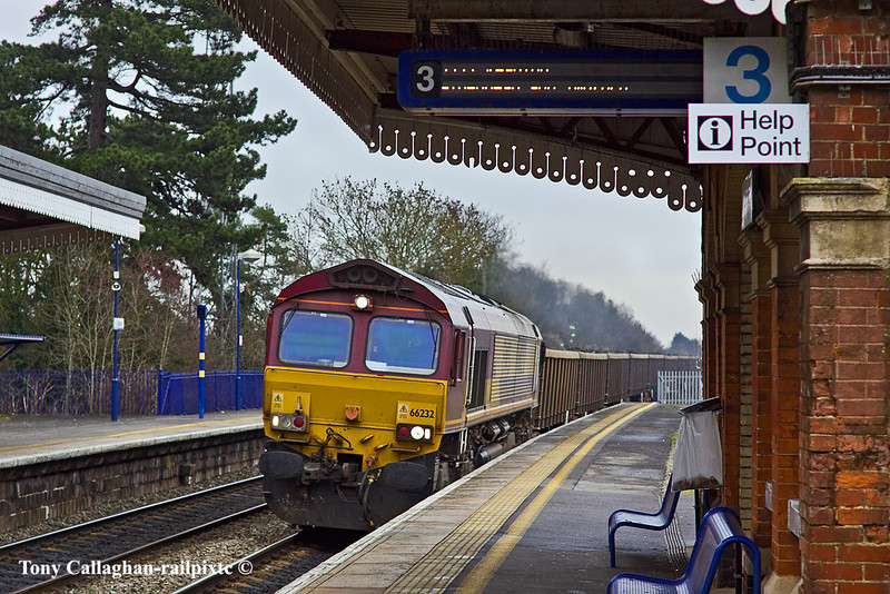 20th Jan 11:  Seen at Taplow is 66232 heading for Appleford with mud from Bow Olympic