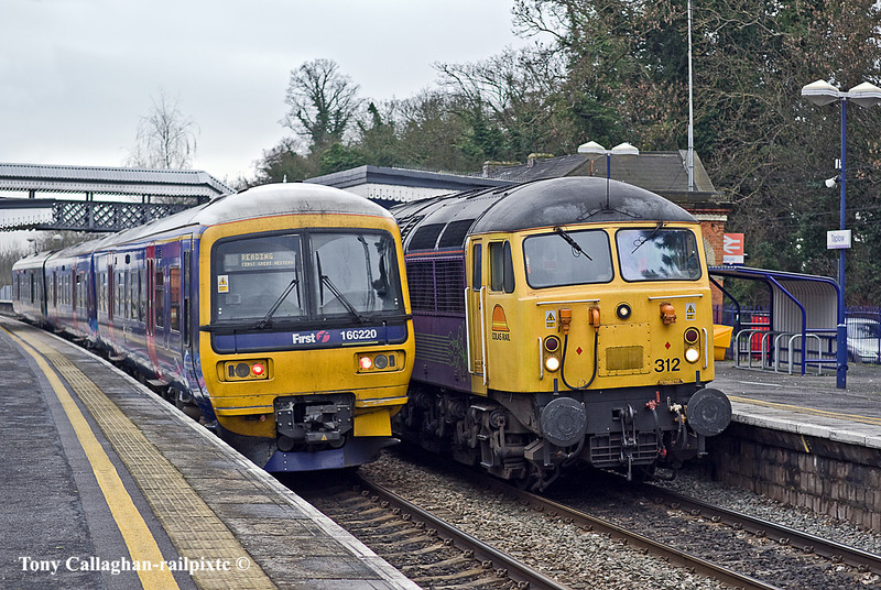 20th Jan 11:  Colas 56312 with 47739 on the rear brings a Tamper from Tavistock Junction to West Ealing through Taplow.  The passing Turbo was not part of the plan.