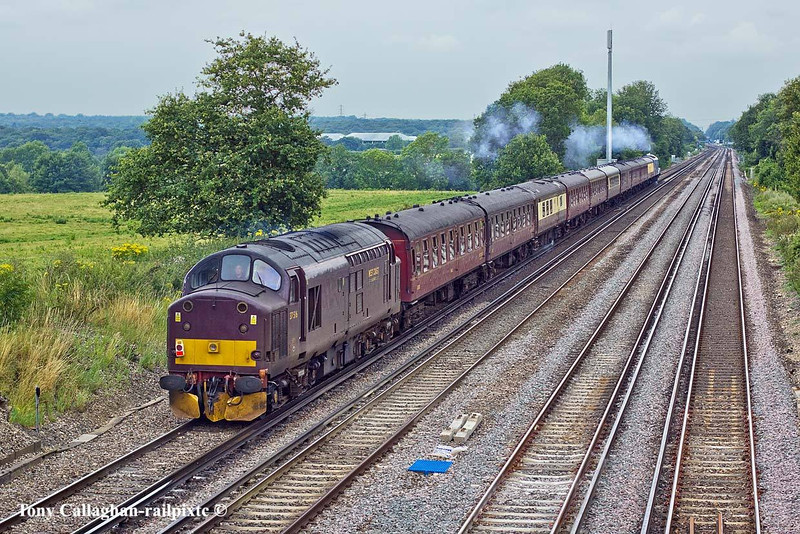 25th Jul 11:  WCR 37516 bringing up the rear of the Dorset Coast Express