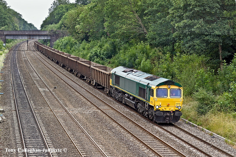 28th Jun 11:  The GBRf new aquisition 66739 the ex Freightliner 66579 works through the Sonning Cutting with 6L51 spoil empties from Appleford to Bow