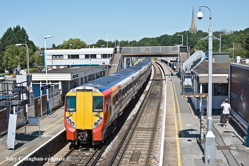 26th Jun 11:  With the line onwards to Reading closed for engineering work 458018 & 458026 wait to reverse onto the Ascot line to clear the patform for the 12.08 from Gatwick.  It will later come back into platform 1 ready to form the 12.38 to Waterloo