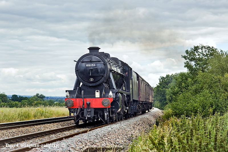 29th Jun 11:  Working from Southall to Swanage to be ready for railtour duty is LMS 8F 2-8-0 freight loco 48151.  Captured here at Danes Crossing near Grazeley between Reading and Mortimer.