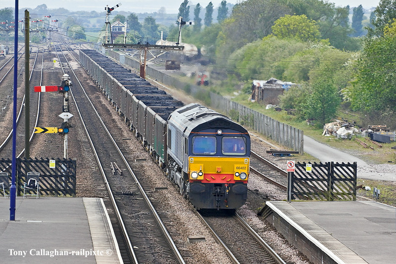 5th May 11:  66402 works 6R45 a load of Blending Coal from Maltby to Immingham through Barnetby