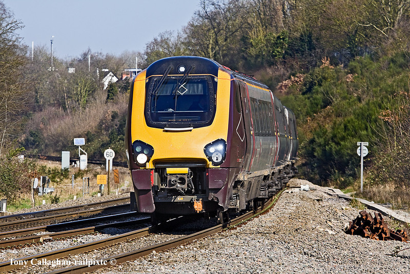 7th Mar 11:  At Southcote Junction is 221135 forming the 08.27 from Manchester Piccadilly to Bournemouth