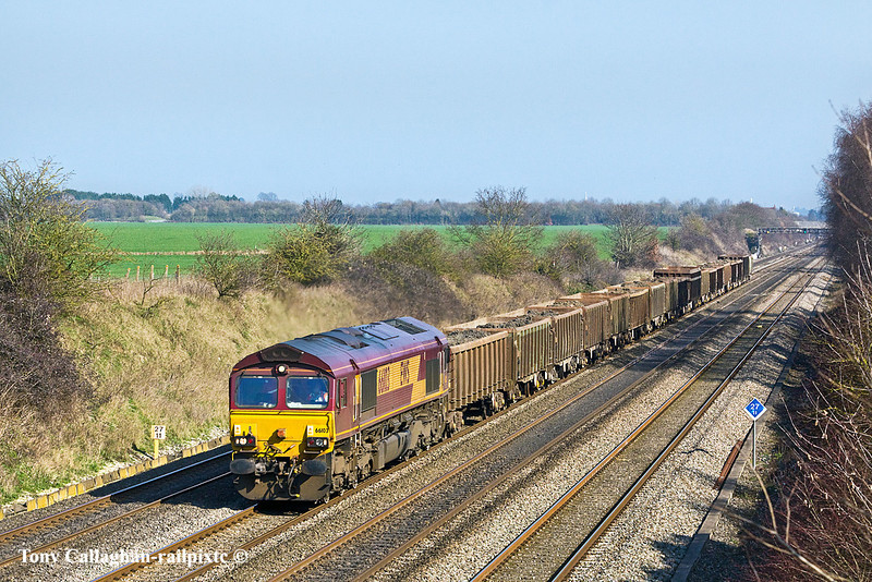 """4th Mar 11:  6Z52 is the lunch time loaded boxes from Bow Olympic to Appleford.  The """"Mudex"""" is pictured at Shottesbrooke powered by 66103"""