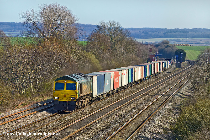23rd Mar 11:  Passing though Cholsey Station is 66587 working 4M61 from Southampton to Trafford Park