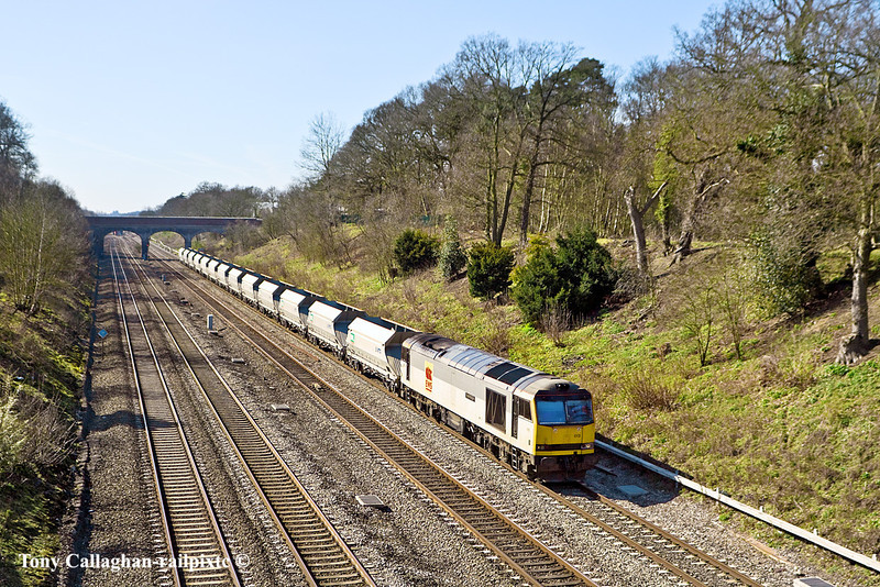 "14th Mar 11:  Seen from the Duffield Road bridge in the Sonning Cutting is 60013 ""Robert Boyle"" working 6A69, formed of MRL VTG IIAs, from Theale to Acton"
