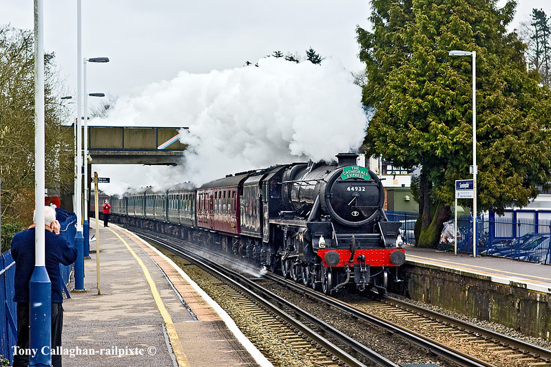 1st Mar 11:  Standing in for 70013 is LMS Black 5 #44932 on the St David's Day Special to Cardiff from Victoria.  Captured here going very well through Sunningdale Station