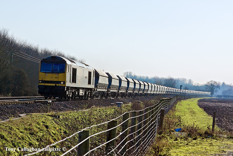 7th Mar 11:    With 42 on the hook 60013 slows in preparation for taking the loop through Theale while working 6L21 from Whatley to Dagenham