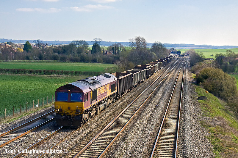 23rd Mar 11:  Bringing more mud from Bow Olympic to Appleford is 66182 nearing Manor Farm in Cholsey.