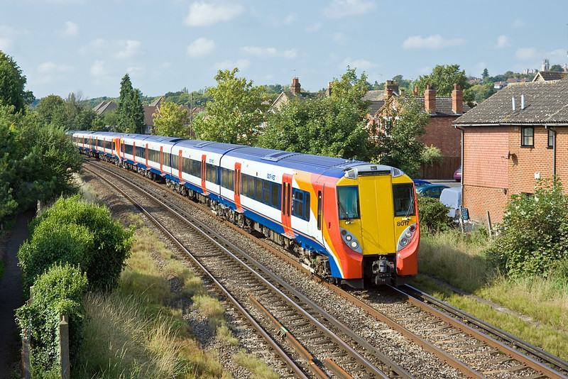 1st Sep 11:  458017 & 8019 form 2C94 the 09.56 from Reading to Waterloo through Egham