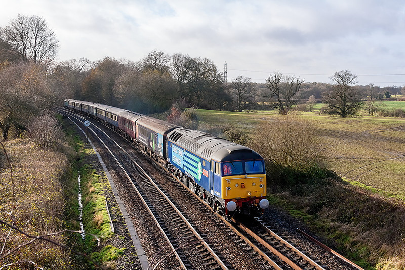 15th Dec 12:  The last ever Cruise Saver to Edinburgh is headed by 47510 with 47801 as the tail gunner.  1Z92 is captured  from the Park Lane bridge in Silchester.