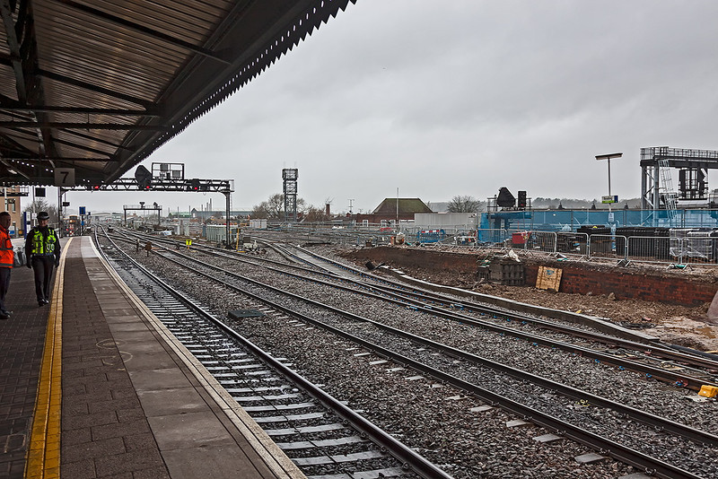 31st Dec 12:  The new connection onto the the Up Main platform (8) at Reading
