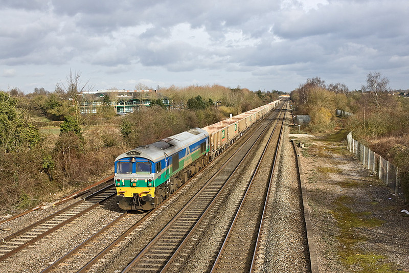 16th Feb 12:  59001 hauling 7C77 from Acton to Merehead is pictured passing the site of Waltham Siding near Maidenhead