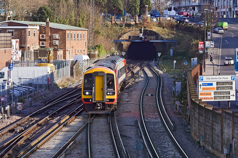 12th Jan 12:  Running into Southampton's Platform 3 is 158885 on 1F180 the 12.23 from Portsmouth Harbour to Cardiff