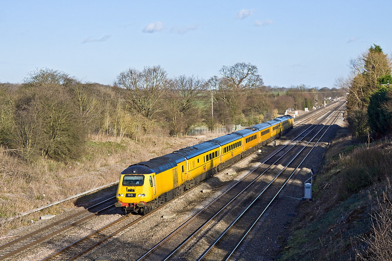 27th Jan 12:  Now on the last leg from Paddington to Derby, 1Q21, the NMT is captured from Southbury Lane in Ruscombe
