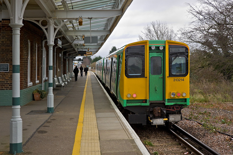 12th Jan 12:  313214 sits in Platform 1 art Barnham with a shuttle service to Bognor Regis