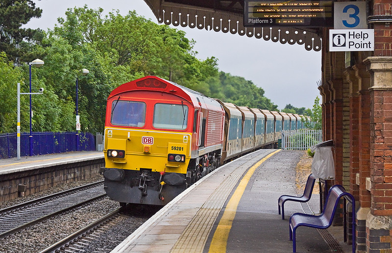 11th Jun 12:  On a very dull and damp day 59201 is captured at Taplow while working 7C77 from Acton to Merehead