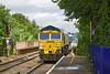 22nd Jun 12:  Entering Reading West is 66566 and 4O54 from Leeds to Southampton