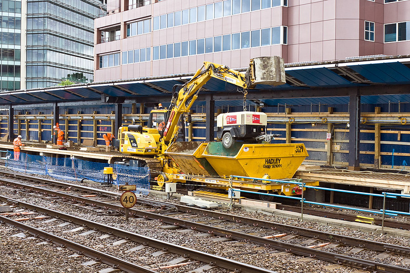 22nt Jun 12:  A mobile temporary power supply on the new platform 4 at Reading being moved to a new position