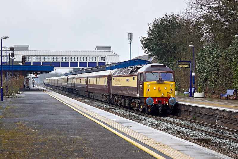 3rd Mar 12:  The VSOE Northern Belle set is working fron Bristol Temple Meads to Kensington Olympia,  Powered by 47832 'Solway Princess'  with 47790 on the tail 1Z93 is captured at Twyford in very fine drizzle.