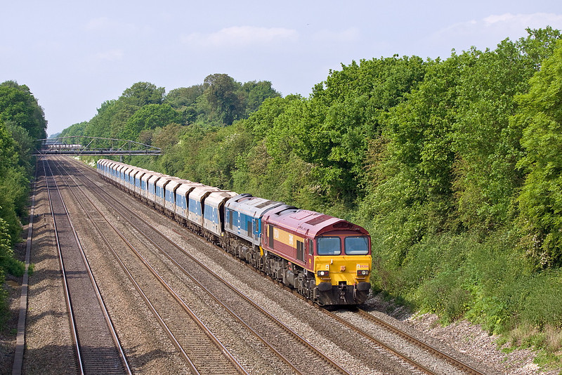 29th May 12:  59204 with 59004 DIT hauls 7A09 from Merehead to Acton through Shottesbrooke