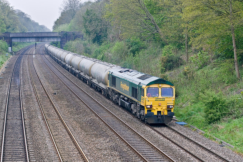 2nd May 12:  66529 in the Sonning Cutting taking the empty cement tanks back to Earles in the Hope Valley (6M91)