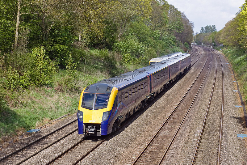 7th May 12:  Adelante number 6 in the Sonning Cutting on another crew trainging run to Oxford