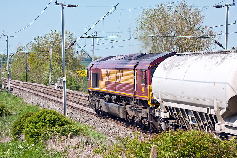 22nd May 12:  66067 at Long Buckby working 6H50 empty cement tanks from Willesden to Tunstead