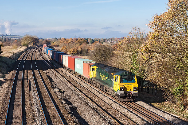 14th Nov 12:  70007 on the point of 4O49 from Basford Hall to Southampton is pictured at Lower Basildon