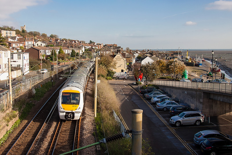 7th Nov12:  The 14.35 from Shoeburyness to Fenchurch Street (2B37) formed of 357217 runs through Leigh on Sea