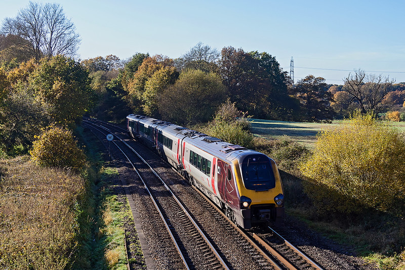 11th Nov 12: 220020 working 1M42 the 10.40 from Bournemouth to Manchester Piccadilly is captured at Silchester