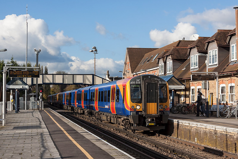5th Nov 12:  The 14.51 from Windsor and Eaton Riverside in the hands of 450554 calls at Datchet