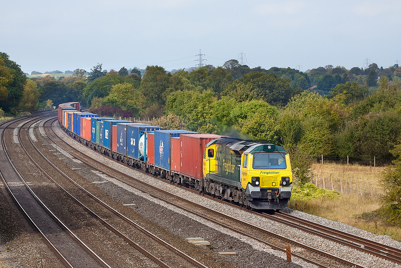 9th Oct 12:  70019 trundles through Lower Basildon in an almost bright patch with 4O49 from Basford Hall to Southampton