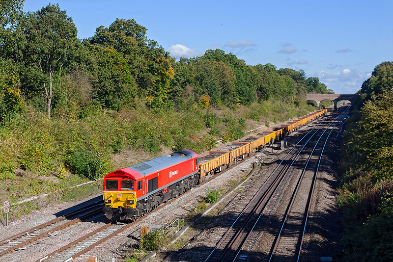 14th Oct 12:  Running nearly 4 hours late is 59204 heading 6W31 from Acton to Westbury.  Seen here at Twyford