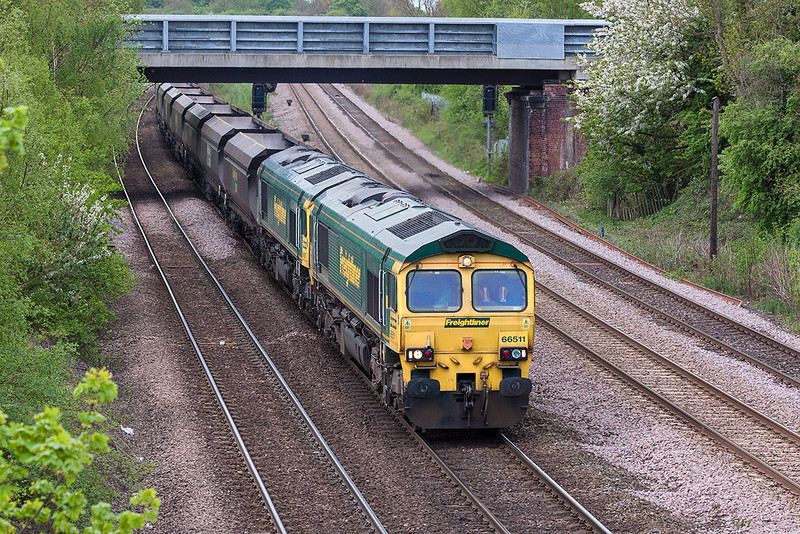 9th May 13:  66511 and 66507 on coal empties run north through Monk Fryston