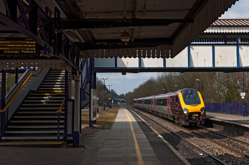 3rd Apr 13:  220011 cruises through Tilehurst.  When is this foot bridge due to be spoiled?