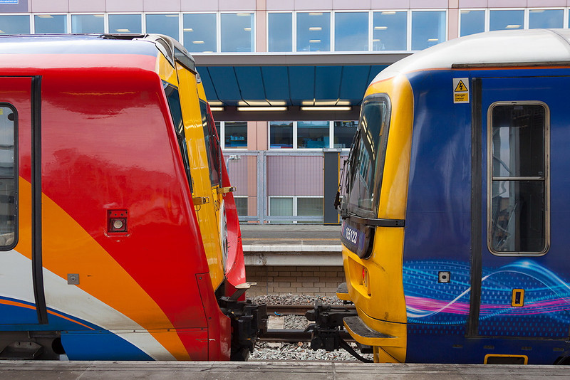 3rd Apr 13:  458016 & 165123 face each other in Platform 5 at Reading