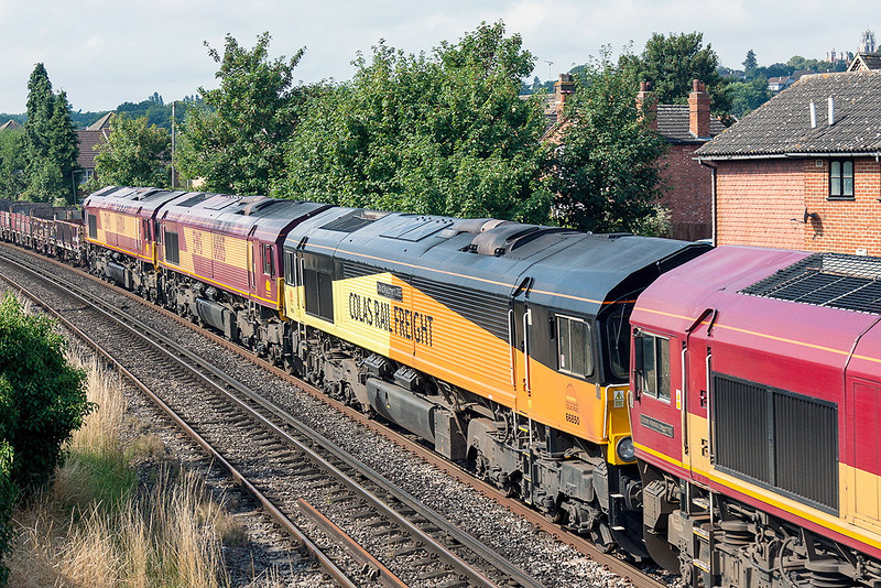 26th Aug 13:  Colas 66850 in the consist of 6Y41 Departmental from Eastleigh to Hoo Junction