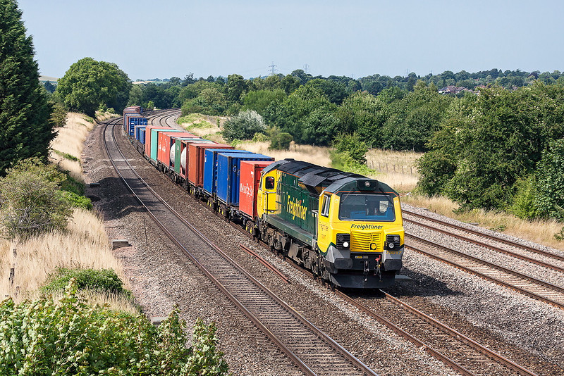 1st Aug 13:  Running very late 70017 heading 4O51 from Wentloog to Southampton is captured at Lower Basildon while routed on the Up Main