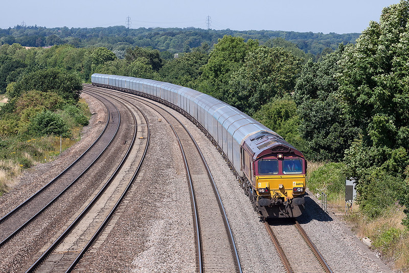 1st Aug 13:  Now with the full rake 66074 brings the Cowley Southampton car carriers through Purley on Thames