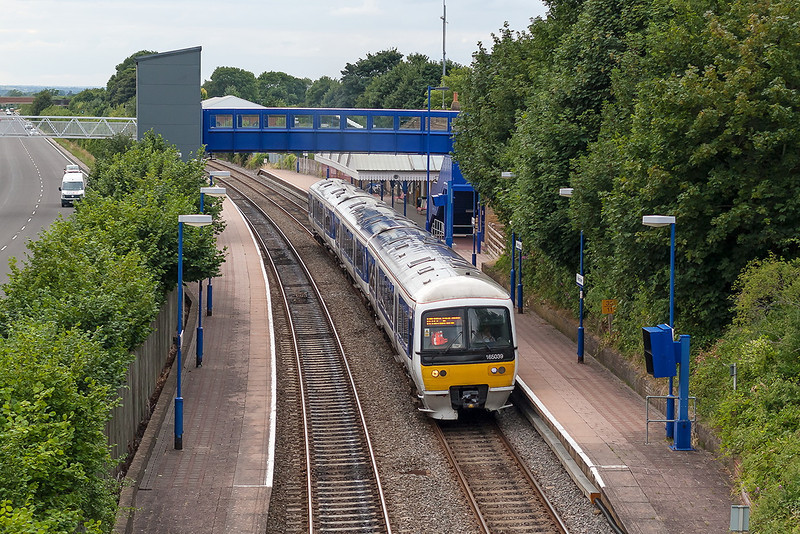 9th Aug 13:  Departing from Wendover is 165039 as 2C46 the 18.18 from Aylesbury Vale Parkway to Marylebone