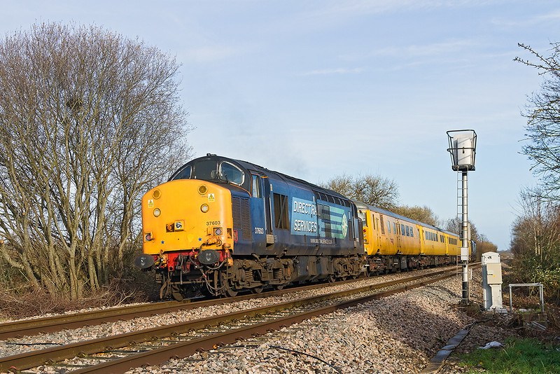 20th Dec 13:  Standing in for the NMT HST are 37218 and 37603 working 1Q19 from Plymouth to Paddington. Captured here on the Westbury 'New Line'  AKA 'Cut Off'  or ' 'Avoider'