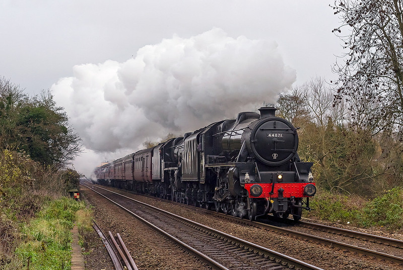 7th Dec 13:  For the 2nd time in 3 days 44871 & 45407 are working to Bath for the Christmas Markets.  With a starting point of Haywards Heath the train is pictured leaving Bradford on Avon