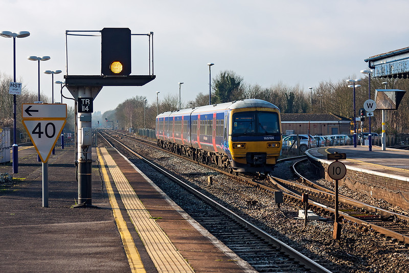 15th Jan 13:  The 11.07 from Oxford to Paddingtomn arrives at Twyford in the hands of 165106