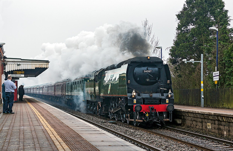 9th Mar 13:  34067 'Tangmere' going well through Pangbourne while working 1Z71 from Euston to Worcester