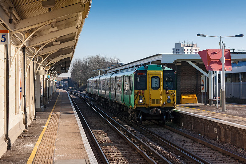 31st Mar 13:   Sitting in Platform 6 at Norwood Junction is 455806 with 2S60 the 07.52 Victoria to Sutton.  .  In the distance can be seen the Tattenham Corner service bound for Platform 4