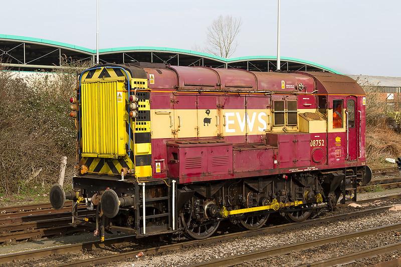 8th Mar 14:  Westbury shunter 08752