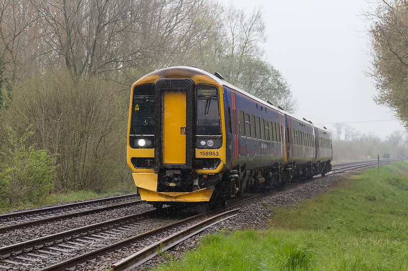 20th Apr 14:  A grab shot in steady rain while waiting for some 37s and a duff at Sherrington Lane.  158953 is forming 1F20 the 13.08 from Portsmouth Harbour to Cardiff